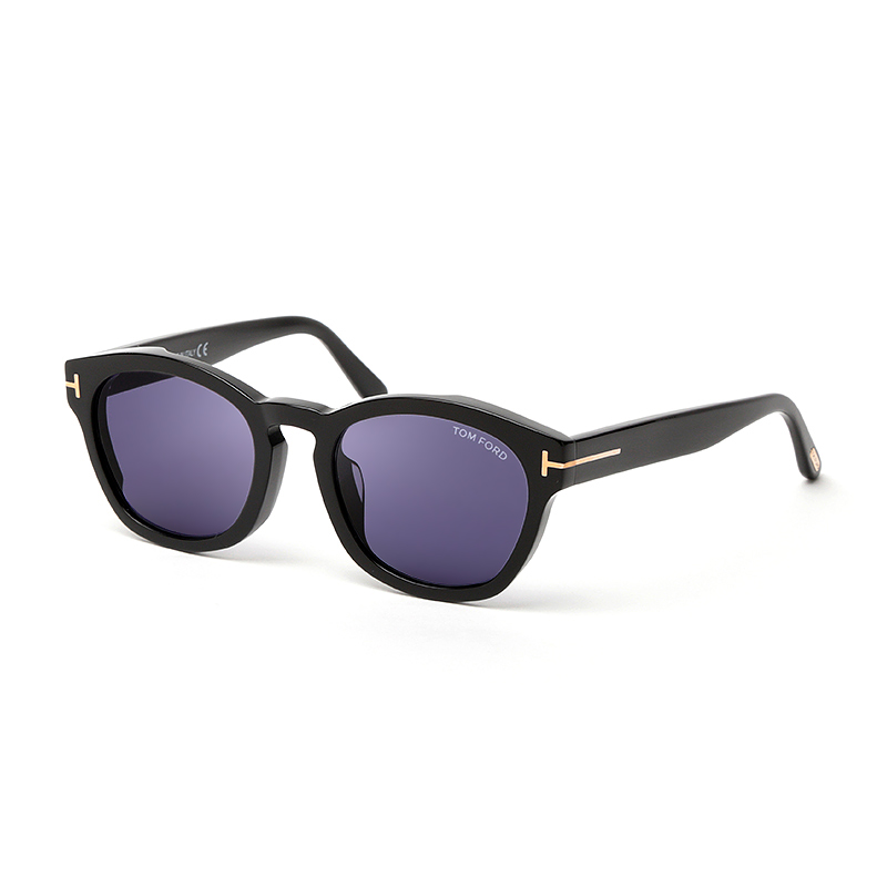 TOM FORD FT0590F 01V ブラック