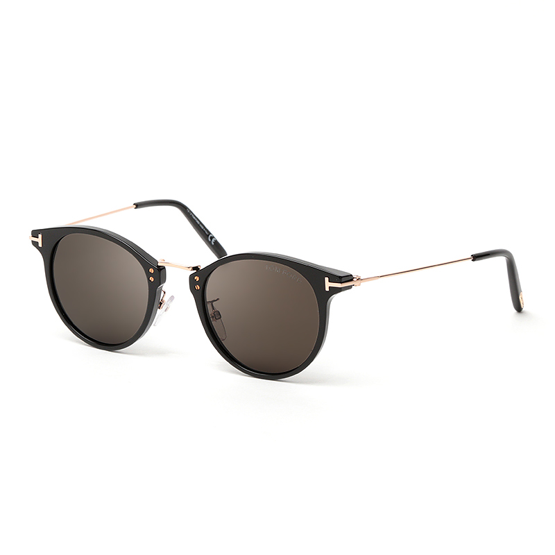 TOM FORD FT0673 01A ブラック